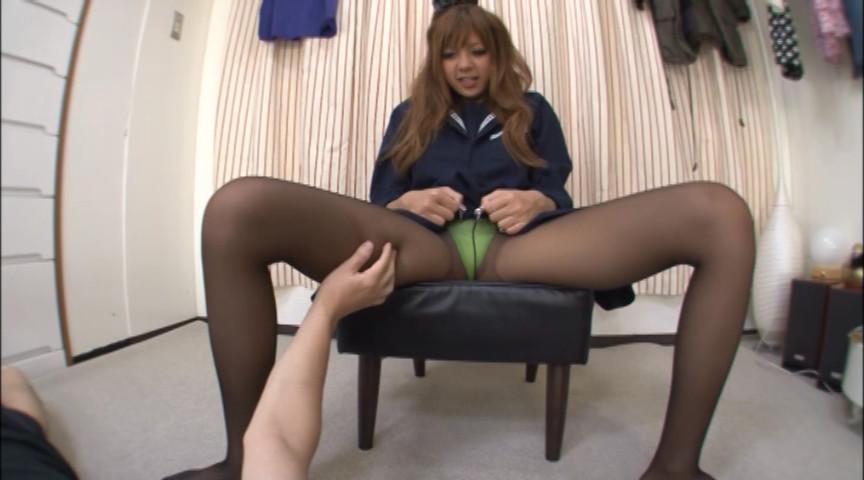 黒ギャル校生の黒スト脚コキがすんごい。 画像 2