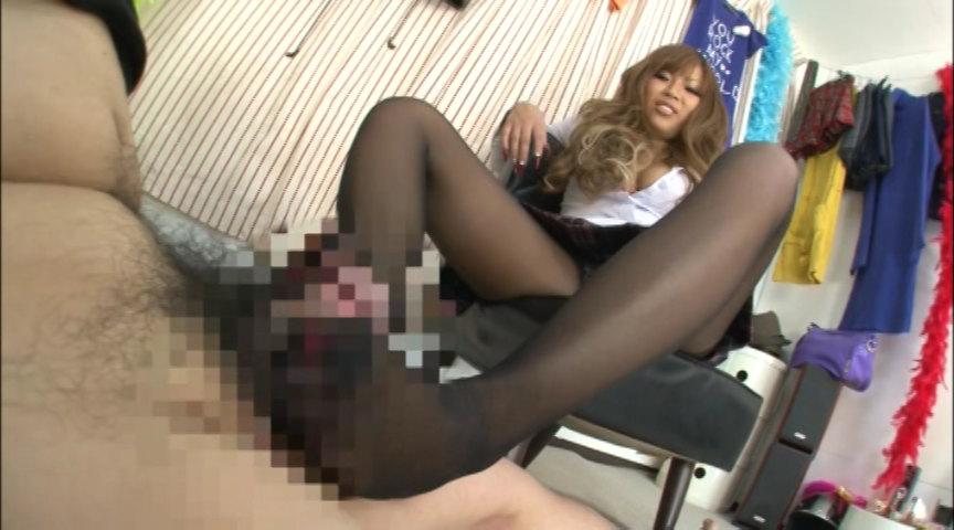 黒ギャル校生の黒スト脚コキがすんごい。 画像 4