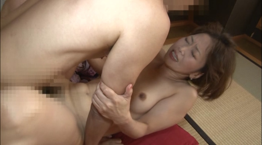 人妻背徳不倫温泉 Vol.2 画像 10