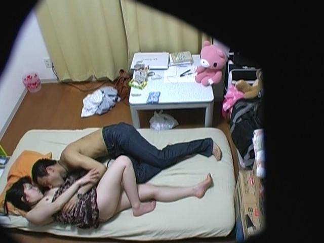卑劣な経営者が仕掛けた女子大生アパート盗撮!!のサンプル画像