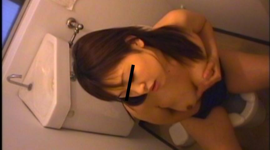 女子校生スク水トイレ指オナニー淫撮BESTのサンプル画像3