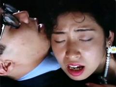 痴漢電車 車内口撃