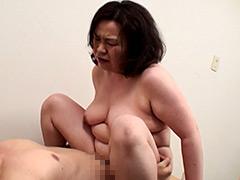 田舎の熟女はかなりの高確率でセックスまで持ち込める3