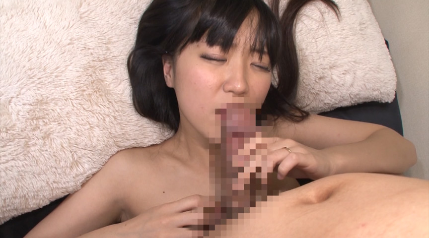 着衣が熟れ美尻を強調するピタ尻人妻ミニスカートナンパ の画像15
