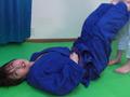 第四回実践女子柔道 絞め技失神マニュアルのサムネイルエロ画像No.4