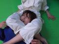 第四回実践女子柔道 絞め技失神マニュアルのサムネイルエロ画像No.6