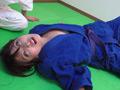 第四回実践女子柔道 絞め技失神マニュアルのサムネイルエロ画像No.7