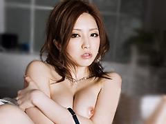 女優:股間ビショ濡れ淫乱お姉さん。 芸能人 羽田あい