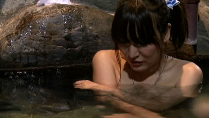 石和温泉 タオル一枚男湯入ってみませんか? 画像 10