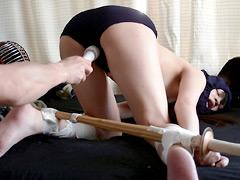 女子校生 ドMの女子剣道部員を竹刀とチ○ポで犯す:女子校生