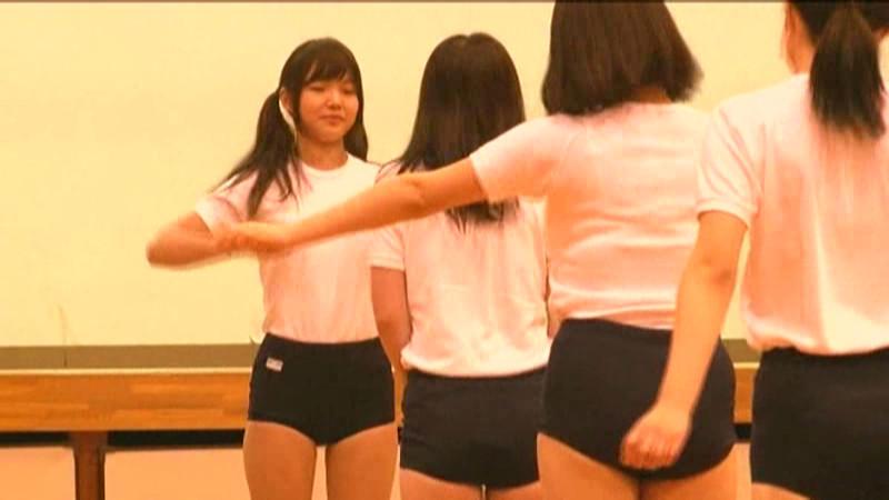 女子校生 ドMな本性を隠せない体育係の本気イラマチオ 画像 2