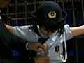 ちびっ娘潜入捜査官 木村つな 149cmのサムネイルエロ画像No.5
