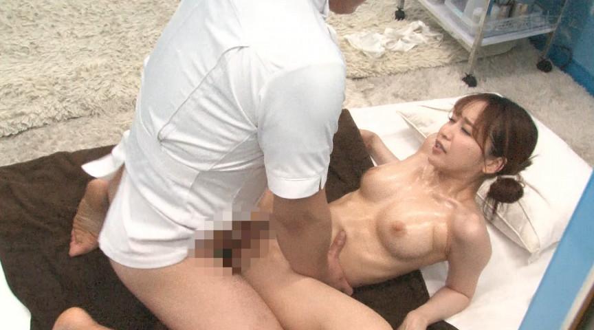 マジックミラー号 スペンス乳腺オイルマッサージ体験! 画像 9