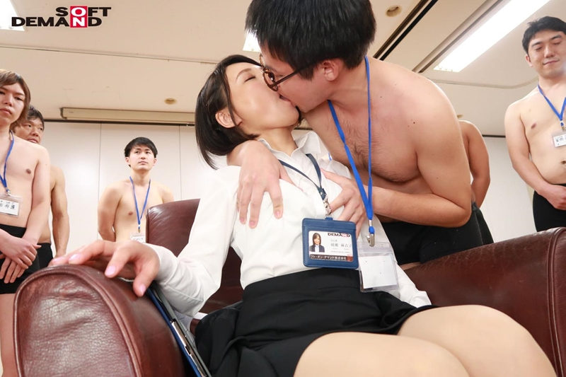 SOD女子社員 中途入社宣伝部 2年目 綾瀬麻衣子のサンプル画像