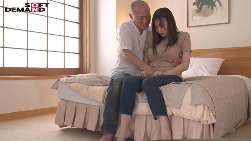 寝取らせ願望のある旦那に従い出演させられた人妻 case7 画像 1
