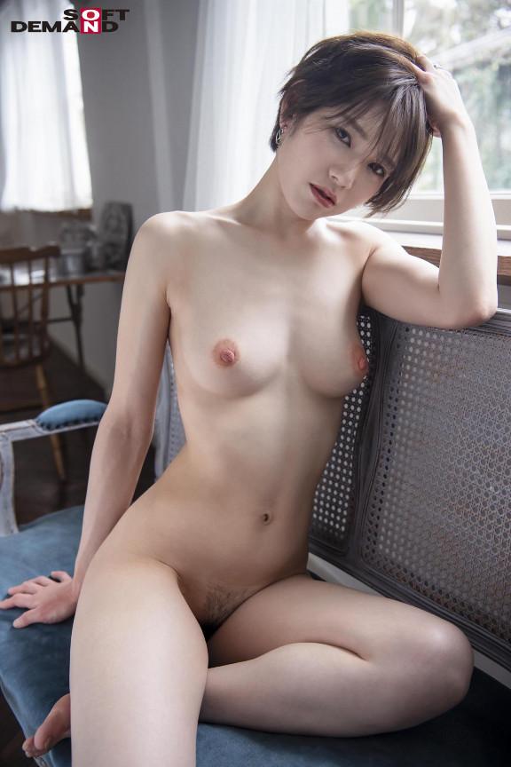 長身ショートカットのハンサム女子AV debut 滝沢ライラ【サムネイム03】