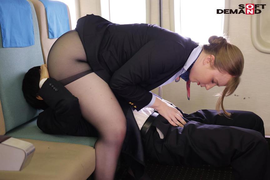 「制服・下着・全裸」 またがりオマ○コ航空13 画像 4
