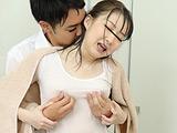 ずぶ濡れ微乳ポッチン乳首のノーブラ女子 【DUGA】