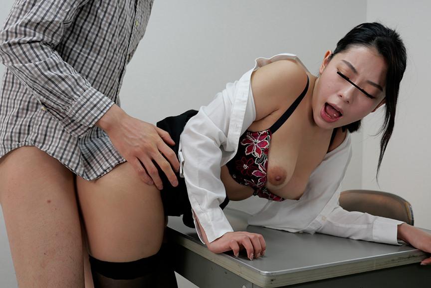 IdolLAB | sosorugarcon-0395 セクシー巨乳警備員に痴漢が見つかりお仕置きされました