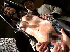 巨大乳首をポンプで吸引&黒乳首に電流を流してみた