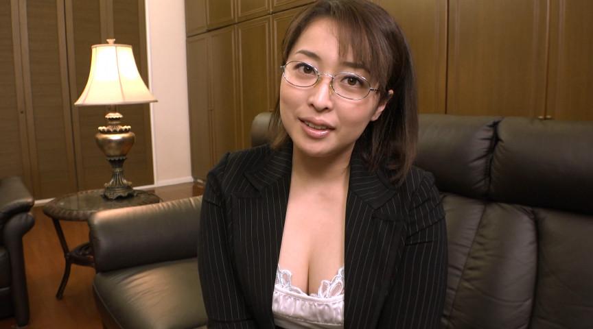 夏川麻里 エロ本の主人公のような体つきのお姉さま 画像(1)
