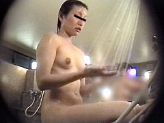 女子○生限定!生のぞき女風呂9