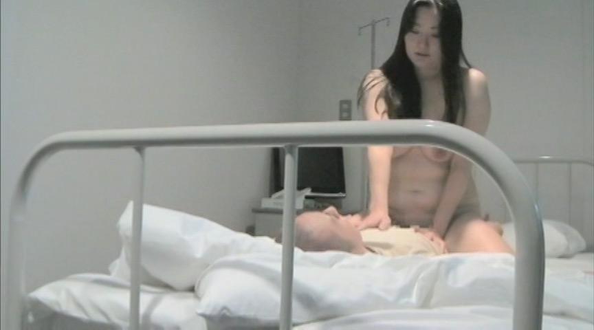 医療現場の実態 夜勤続きでストレスを抱える美人看護師隠し撮り映像 4枚目