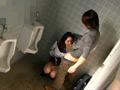 トイレ内SEX映像のサムネイルエロ画像No.9