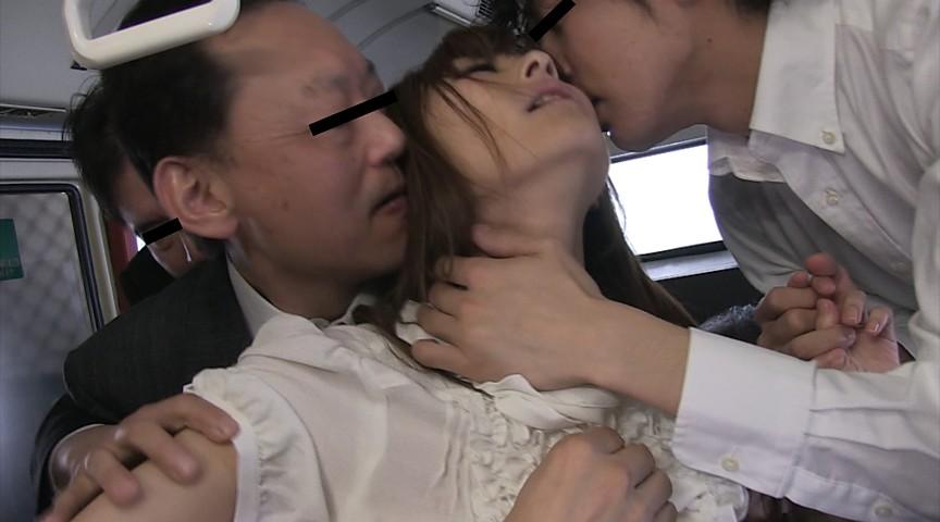 痴漢を呼ぶ女 若妻OL 神波多一花