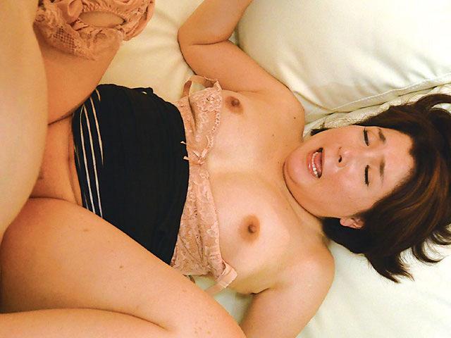新潟から上京した嫁の母が… 巨乳義母 水野よしみ 50歳