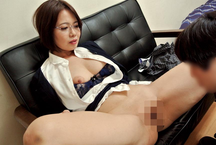 枕営業で契約をGETするデカパイ営業レディ 赤瀬尚子 画像 3