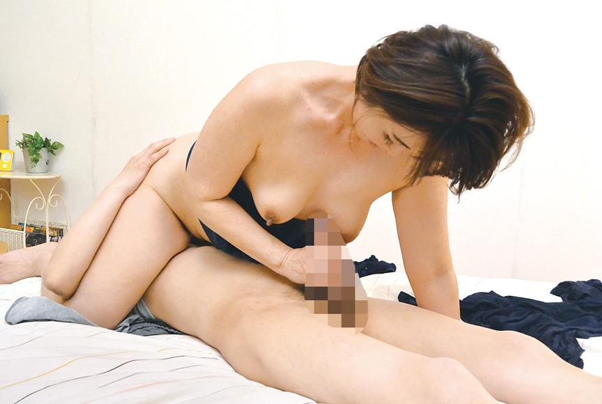 神戸から上京した嫁の母が…関西の巨尻義母 京野美沙 画像 8