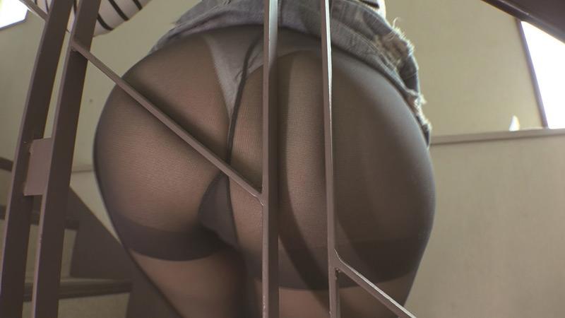 パツパツ尻パンストに擦りつけたい。
