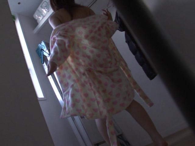 素人着エロ倶楽部 みゆちゃん 19才(ヤリマン) ドコ●ショップ原宿店勤務 13枚目