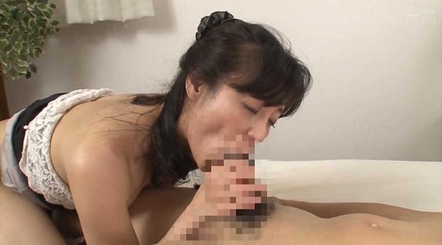 母姦中出し 息子に初めて中出しされた母 平岡里枝子