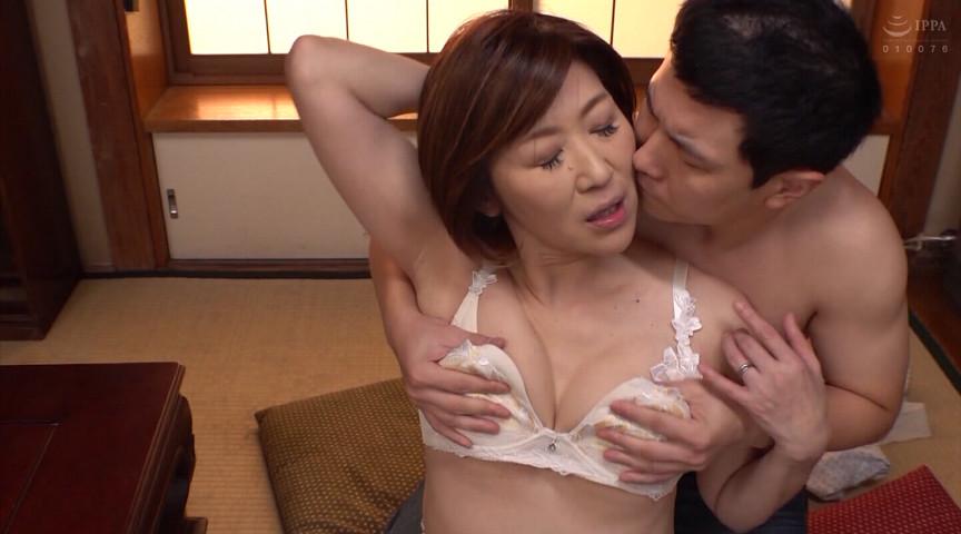 IdolLAB | takara-2090 義理の母が中出しを許してくれたあの日 8時間2枚組