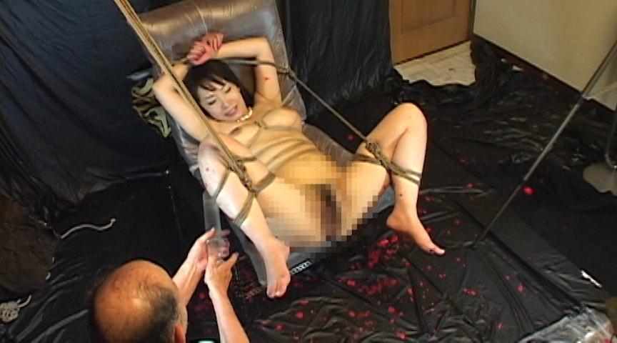 艶女悦虐 顔枷浣腸 の画像10