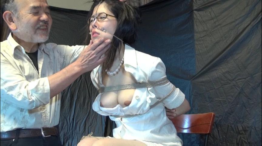 女医鼻虐 新野美穂のサンプル画像
