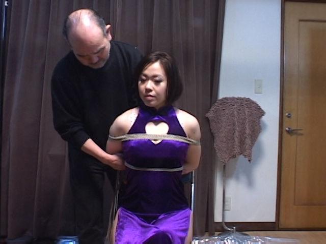 山科茜というM女のサンプル画像1
