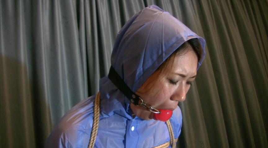 東京緊縛隷嬢 レインウェアボンデージ の画像1