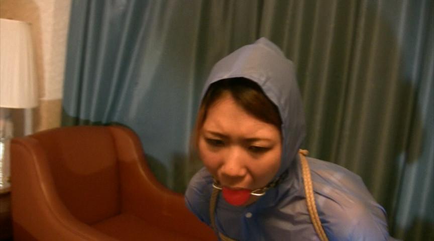 東京緊縛隷嬢 レインウェアボンデージ の画像5