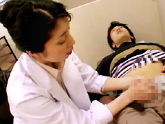 ザ・エロ熟女 女医がすけべで身がもたない2