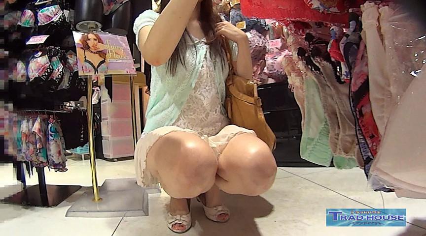 ローアングル透明椅子8801-001のサンプル画像8