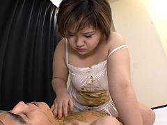 スカ顔騎地獄プレス 〜肉欲ガリ男喰い〜 蓮華結衣
