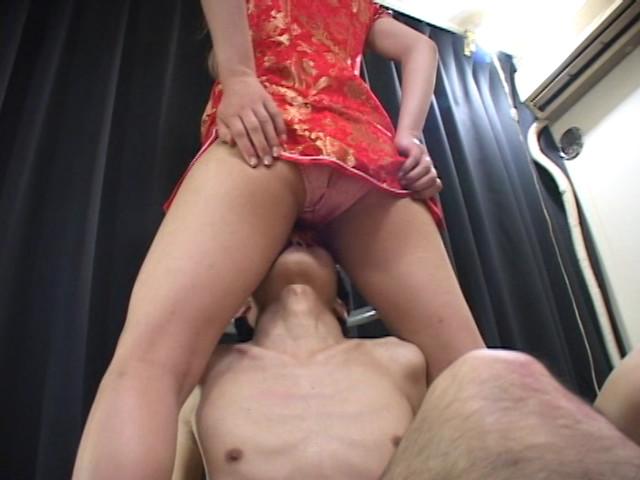 高身長美脚令嬢 ペニバン逆レイプ 佐倉ゆり 画像 9