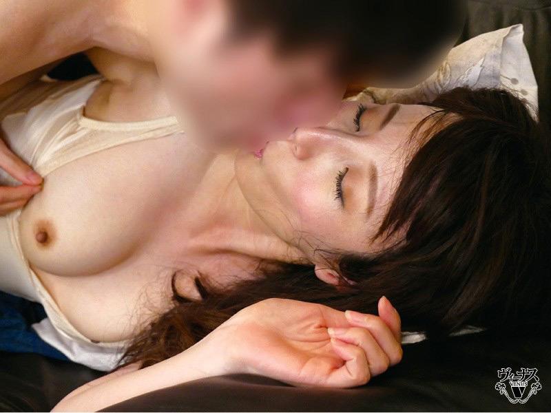 IdolLAB | venus-1658 嫁の母が恥じらう姿に僕は勃起してしまった 澤村レイコ