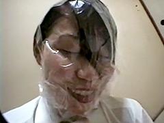 ビニール袋顔面窒息責め