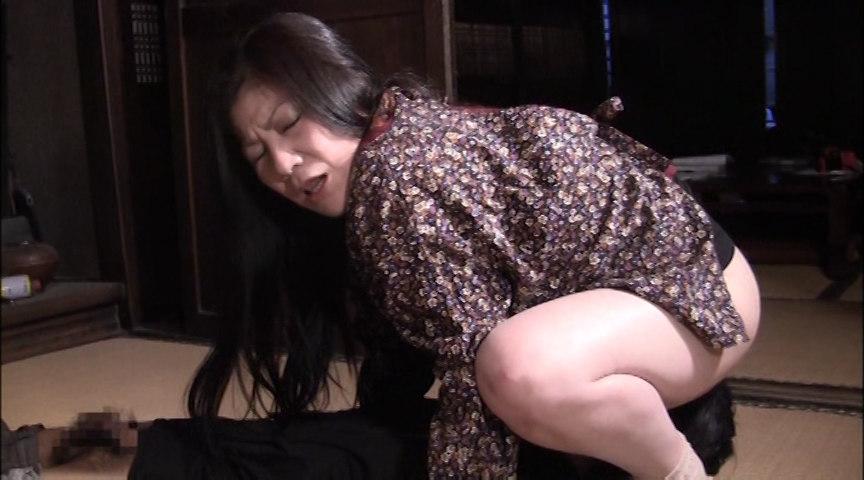 背徳の親子糞2 「息子に覗き見され、感じる母。」 画像 6