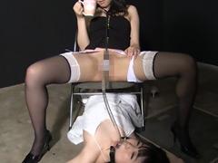 強制飲尿レズ顔騎 横山夏希・安達まどか・椎名ゆうき・桜瀬奈