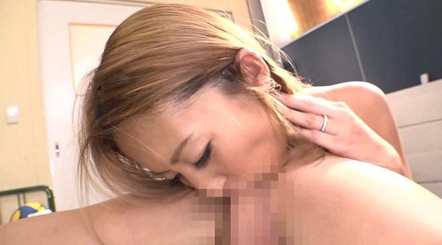 デカ尻爆乳のセックスレス妻が集まるママさんバレー!2 画像 3